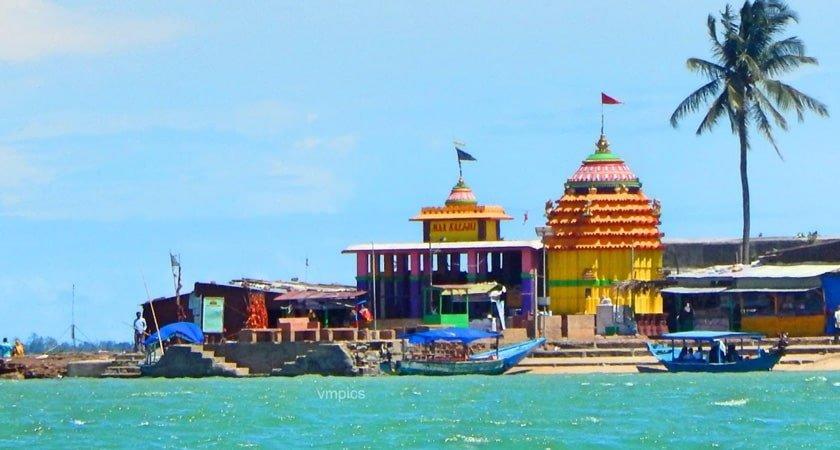 Chilika Lake - Kalijai Temple Image