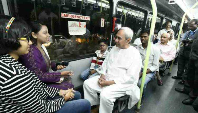 Naveen Patnaik on Mo Bus