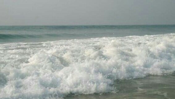 Puri Sea beach waves